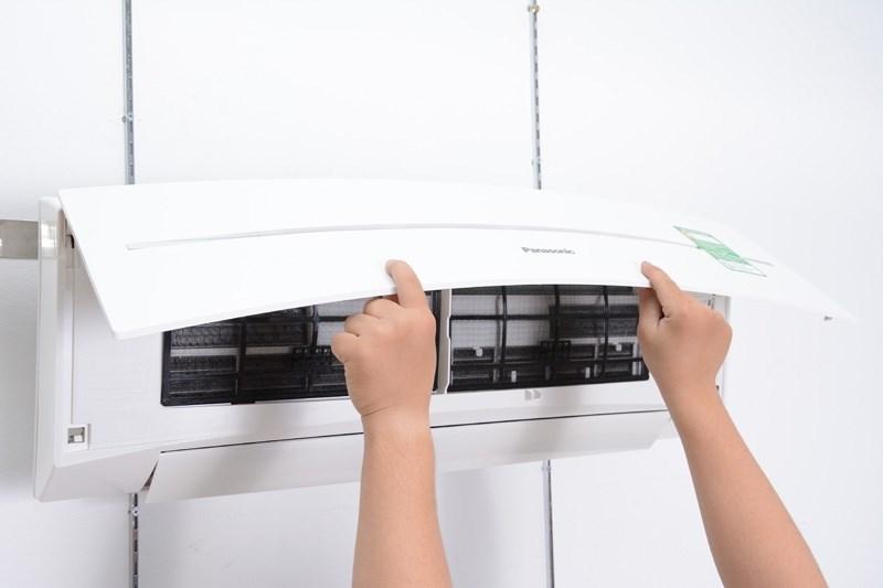 Hướng dẫn cách sửa máy lạnh LG bị chảy nước